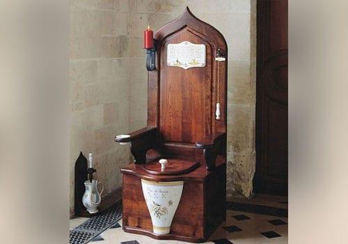 Queens Toilet