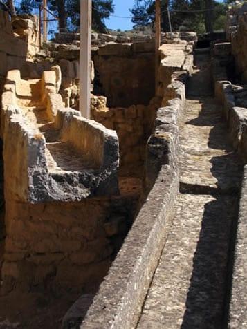 Minoan Drain