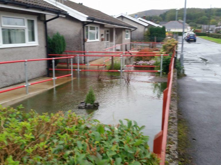 Blocked Drain Garden NEath Port Talbot Llanelli Metro Rod Swansea Swimming Pool 4