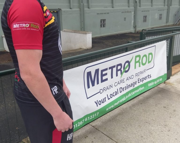 Metro Rod Swansea Carmarthen Quins Rugby Club Sponsors Blocked Drain Experts 1