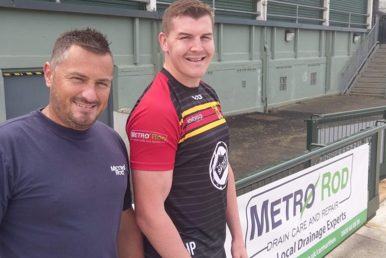 Metro Rod Swansea Carmarthen Quins Rugby Club Sponsors Blocked Drain Experts 3